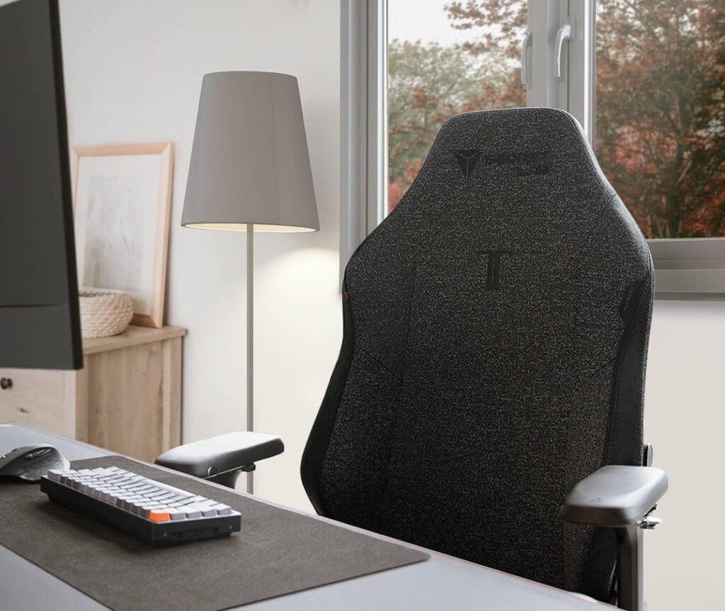 scretlab softweave leather vs fabric